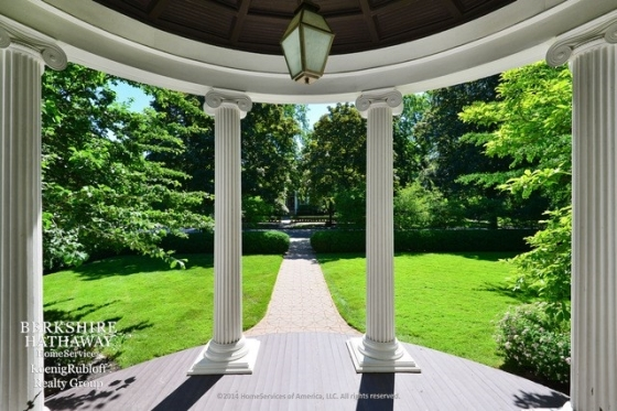 $3,600,000 | 1048 Forest Avenue Evanston, IL 60202