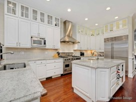 2632 Lakewood Chicago - Interior Kitchen