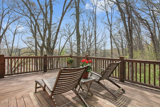 07_11086riverviewdrive_66_deck_hires